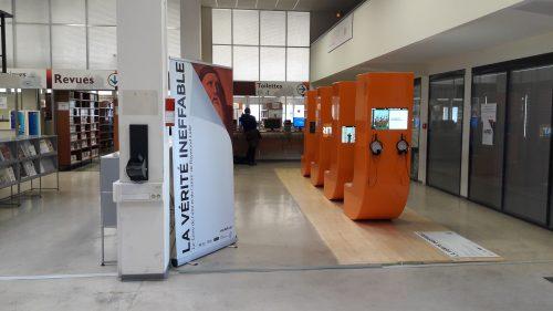 La vérité ineffable. Installation de l'exposition à la BU Lettres et sciences humaines d'Aix (octobre 2016)